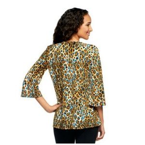 Susan graver liquid knit bell sleeve top 3x